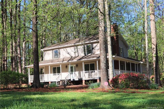 8315 Getalong Road, Charlotte, NC 28213 (#3497973) :: High Performance Real Estate Advisors