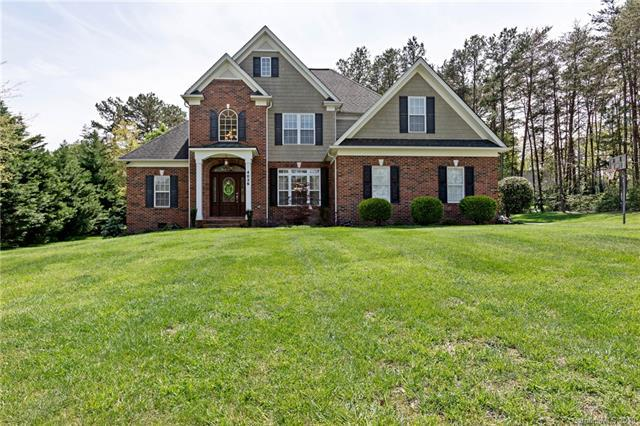 4036 Tanglewood Lane NE, Hickory, NC 28601 (#3498026) :: Team Honeycutt