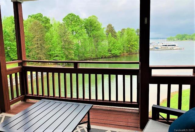 18726 Nautical Drive #302, Cornelius, NC 28031 (#3498097) :: High Performance Real Estate Advisors