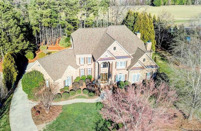9200 Skipaway Drive, Waxhaw, NC 28173 (#3498098) :: Mossy Oak Properties Land and Luxury