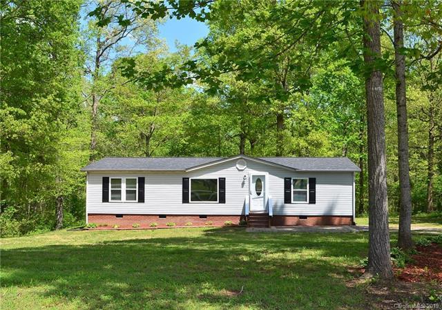 211 Dawson Downs Lane, Mooresville, NC 28115 (#3498110) :: MartinGroup Properties
