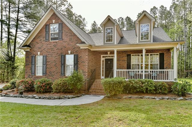 702 Lynnwood Farms Drive, Fort Mill, SC 29715 (#3498123) :: The Andy Bovender Team