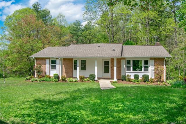 206 Arthur Lane, Hendersonville, NC 28791 (#3498125) :: Roby Realty