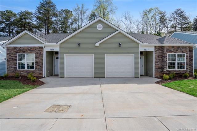 5834 Bradford Lake Lane, Charlotte, NC 28269 (#3498223) :: Homes Charlotte