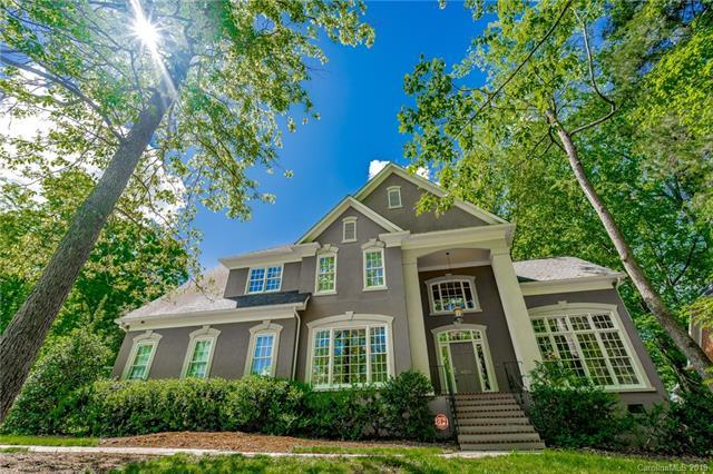 5201 Downing Creek Drive, Charlotte, NC 28269 (#3498264) :: Team Honeycutt