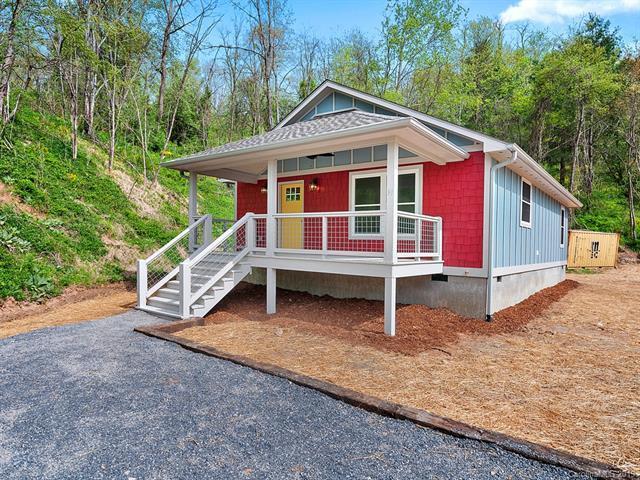 91 Grahl Street, Waynesville, NC 28786 (#3498335) :: Rowena Patton's All-Star Powerhouse