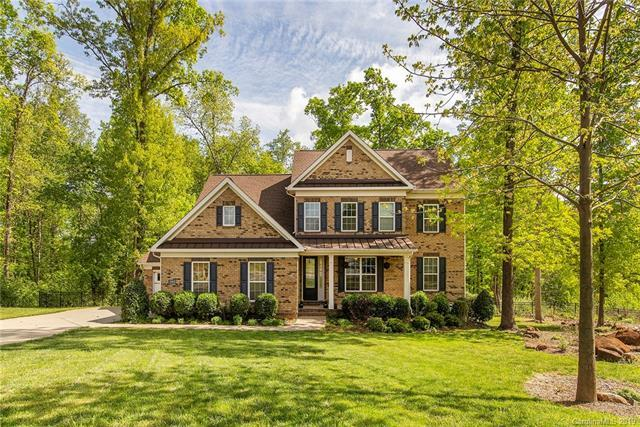 12403 Elkhorn Drive, Charlotte, NC 28278 (#3498495) :: The Andy Bovender Team