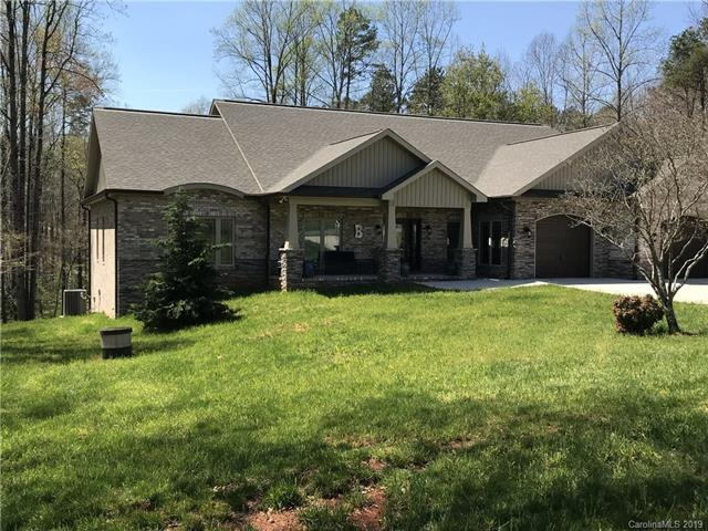 6123 Wiltshire Drive, Hickory, NC 28601 (#3498527) :: Odell Realty