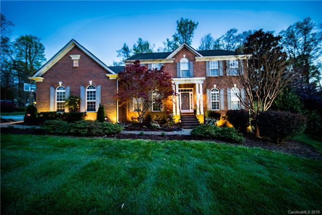 1728 Mountain Park Drive, Charlotte, NC 28214 (#3498576) :: Besecker Homes Team