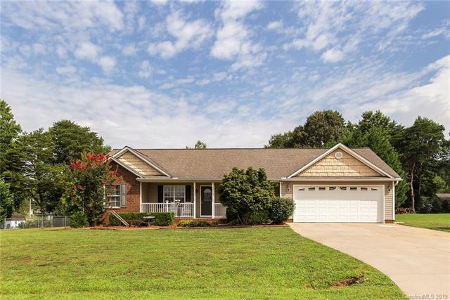 4731 Across Field Court, Maiden, NC 28650 (#3498640) :: Rinehart Realty