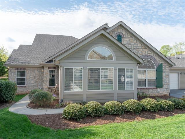 127 Outlook Circle, Swannanoa, NC 28778 (#3498718) :: The Ann Rudd Group