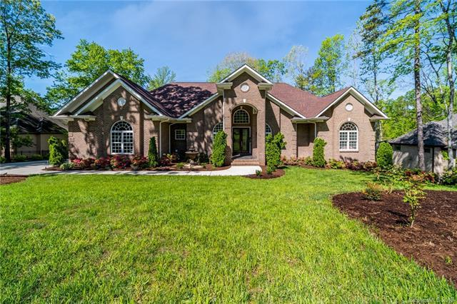 4012 Oldstone Forest Drive, Waxhaw, NC 28173 (#3498751) :: Keller Williams South Park