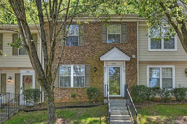 1354 Maple Shade Lane, Charlotte, NC 28270 (#3498858) :: Keller Williams South Park