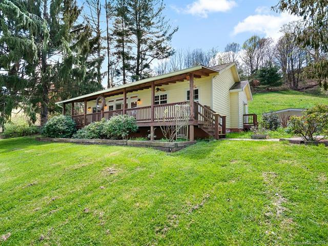 383 Heath Retreat Road, Waynesville, NC 28786 (#3498951) :: The Sarver Group