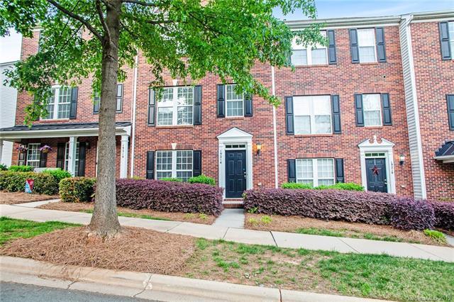 19214 Lake Norman Cove Drive, Cornelius, NC 28031 (#3499122) :: Scarlett Real Estate