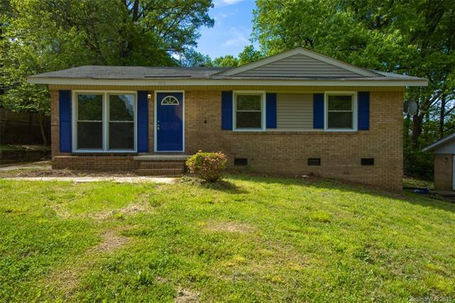 1018 Dunleigh Drive, Charlotte, NC 28214 (#3499213) :: The Sarver Group