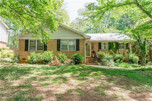 2021 Edgewater Drive, Charlotte, NC 28210 (#3499263) :: The Andy Bovender Team