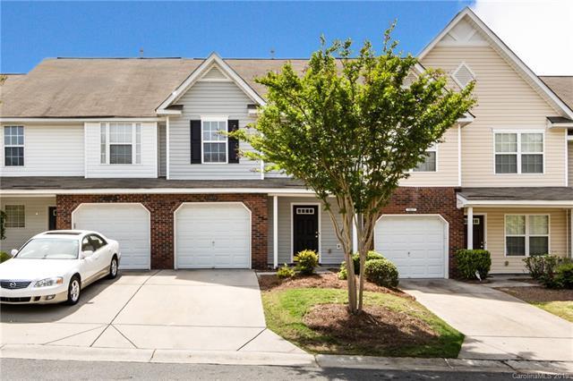 10613 Pointed Leaf Court, Charlotte, NC 28213 (#3499331) :: Team Honeycutt
