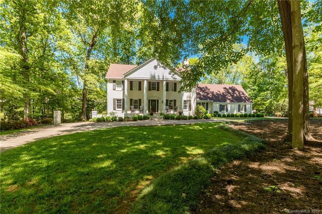 4033 Columbine Circle, Charlotte, NC 28211 (#3499503) :: MartinGroup Properties