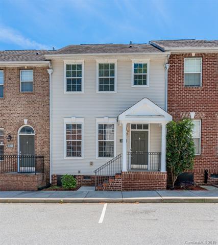 21326 Pine Street, Cornelius, NC 28031 (#3499548) :: The Sarver Group