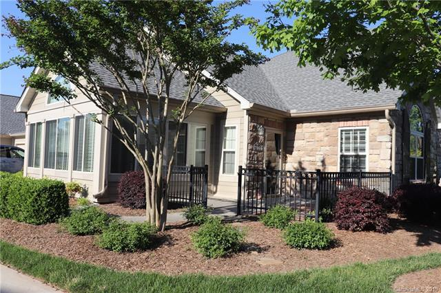 786 Ledgestone Court, Tega Cay, SC 29708 (#3499932) :: The Ann Rudd Group