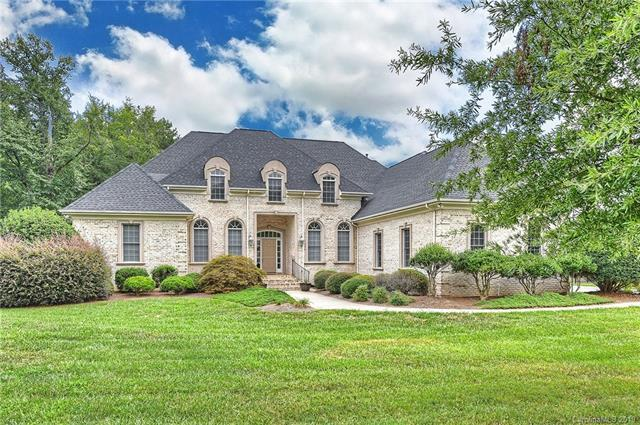 1005 Princessa Drive, Matthews, NC 28104 (#3499972) :: The Ramsey Group