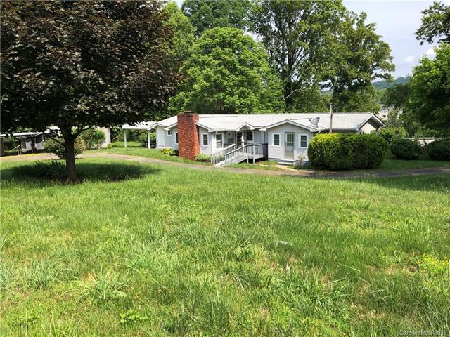 25 Pond Street, Arden, NC 28704 (#3500261) :: Johnson Property Group - Keller Williams