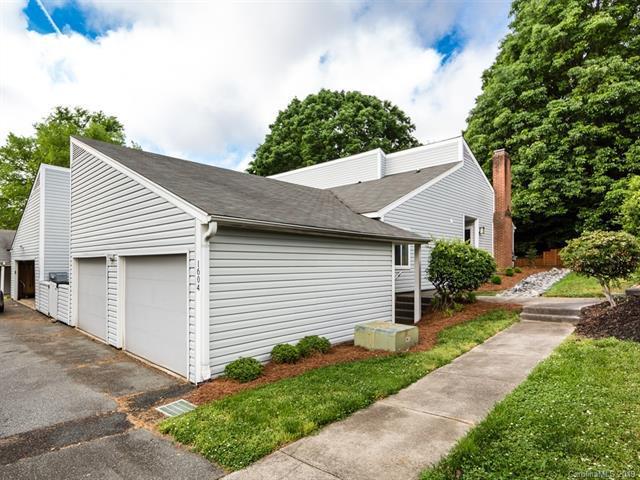 1604 Hollow Drive, Charlotte, NC 28212 (#3501113) :: Homes Charlotte