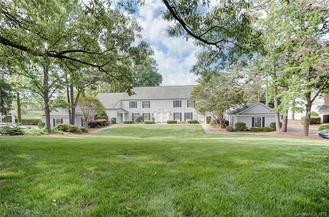 7053 Quail Hill Road, Charlotte, NC 28210 (#3501478) :: Roby Realty