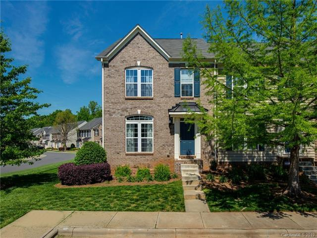 4334 Park South Station Boulevard, Charlotte, NC 28210 (#3501539) :: Homes Charlotte