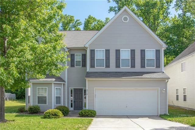 5712 Twin Brook Drive, Charlotte, NC 28269 (#3501892) :: Caulder Realty and Land Co.