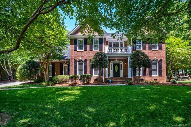 5520 Flowering Dogwood Lane, Charlotte, NC 28270 (#3501929) :: MECA Realty, LLC