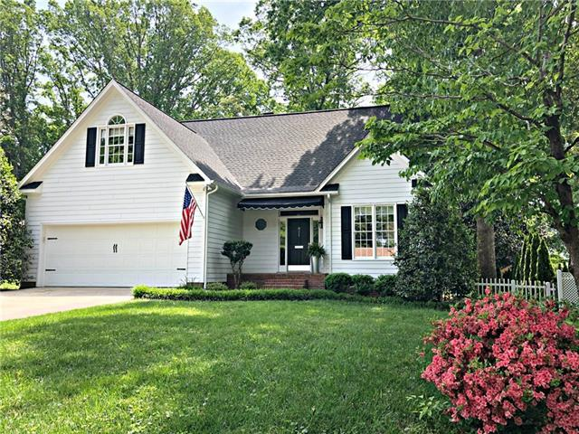 821 4th Avenue NW, Hickory, NC 28601 (#3501980) :: The Ramsey Group
