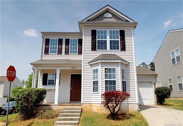 8423 Spirea Court, Charlotte, NC 28215 (#3502015) :: Odell Realty