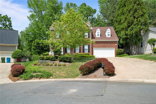 104 Oak Grove Court, Fort Mill, SC 29715 (#3502037) :: LePage Johnson Realty Group, LLC