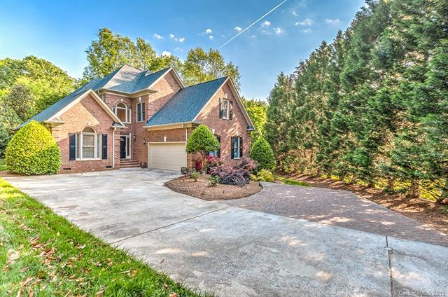 7122 The Greens Drive, Charlotte, NC 28277 (#3502289) :: Carlyle Properties