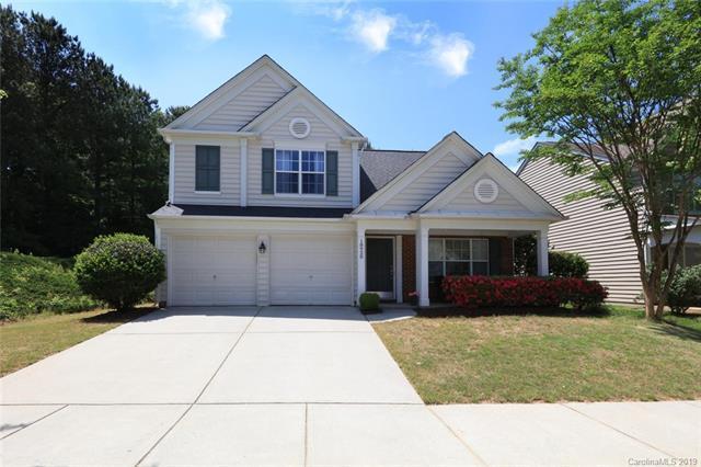 18920 Harbor Cove Lane, Cornelius, NC 28031 (#3502302) :: Besecker Homes Team