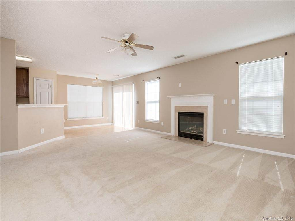 6846 Trimbach Way, Charlotte, NC 28269 (#3502430) :: LePage Johnson Realty Group, LLC