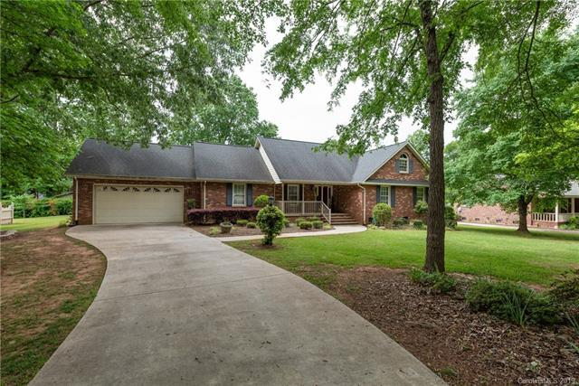 1333 Kent Drive, Lancaster, SC 29720 (#3502588) :: Washburn Real Estate