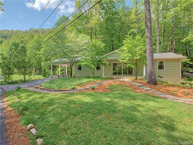 57 Blackberry Lane, Maggie Valley, NC 28751 (#3502671) :: Roby Realty