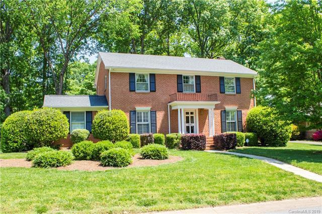 6301 Palace Drive, Charlotte, NC 28211 (#3502705) :: MECA Realty, LLC