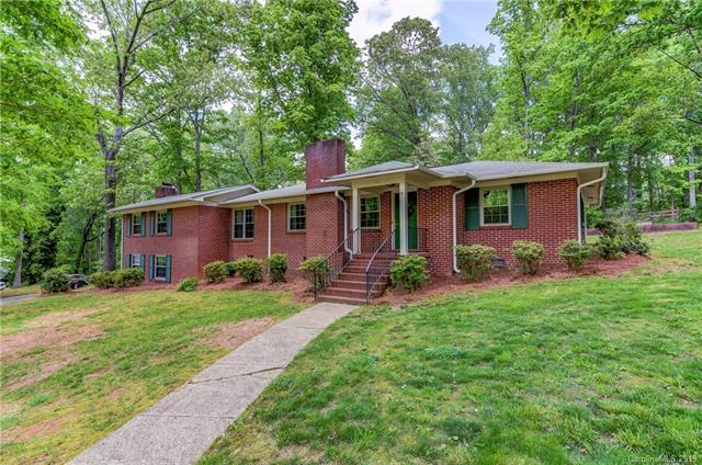 811 Parkwood Road, Shelby, NC 28150 (#3502727) :: Caulder Realty and Land Co.