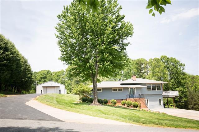 157 Wedgeway Drive, Statesville, NC 28677 (#3502930) :: LePage Johnson Realty Group, LLC