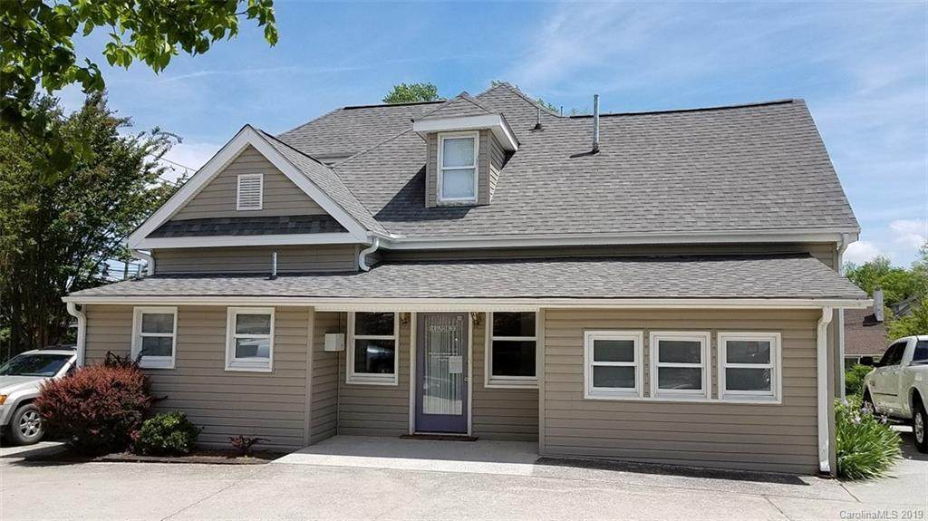 727 Oakland Street, Hendersonville, NC 28791 (#3502967) :: Washburn Real Estate
