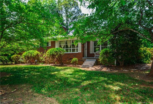 844 Meadow Lane Drive, Newton, NC 28658 (#3503001) :: Puma & Associates Realty Inc.