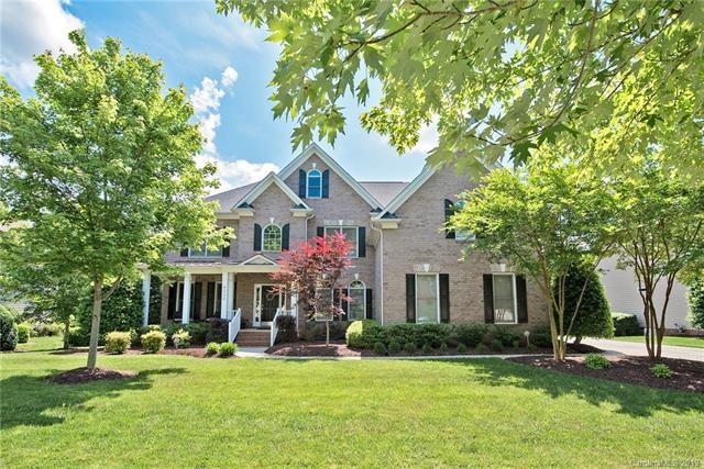 6326 Riverside Oaks Drive, Huntersville, NC 28078 (#3503488) :: The Sarver Group