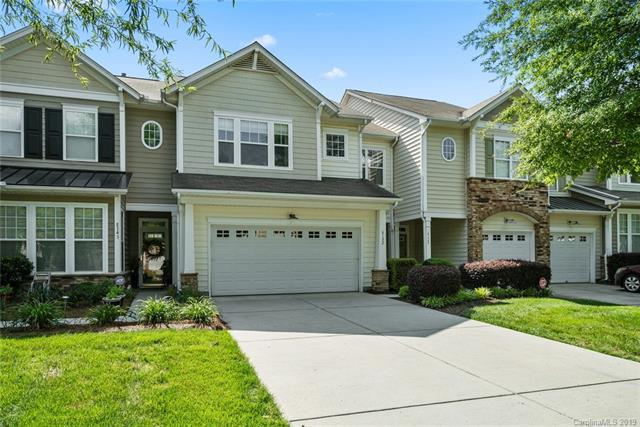 6132 Pale Moss Lane, Charlotte, NC 28269 (#3503511) :: Stephen Cooley Real Estate Group