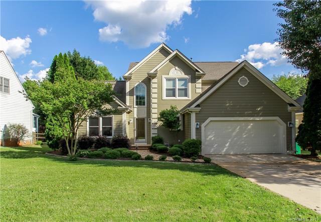 6614 Redbridge Trail, Charlotte, NC 28269 (#3503636) :: LePage Johnson Realty Group, LLC