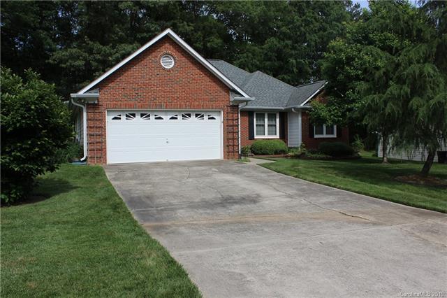 2626 Bathgate Lane, Matthews, NC 28105 (#3503688) :: LePage Johnson Realty Group, LLC
