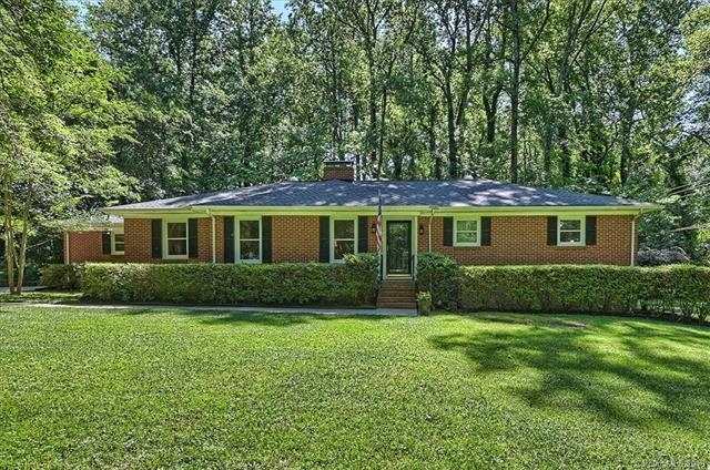 5716 Doncaster Drive, Charlotte, NC 28211 (#3503813) :: Odell Realty